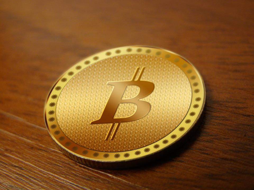 opinioni-a-confronto-banche-e-bitcoin